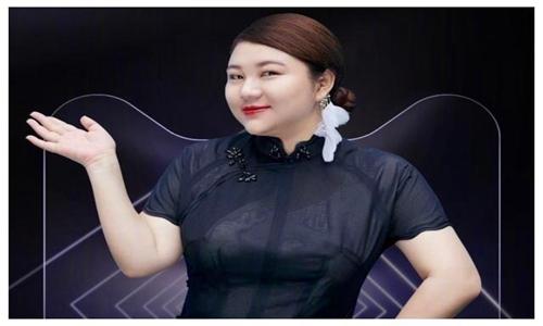 杨天真穿泳装实力诠释了自信的女人最美