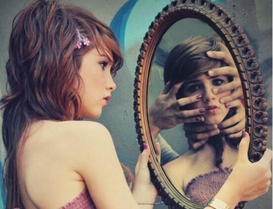 晚上为啥不能照镜子,未解之谜